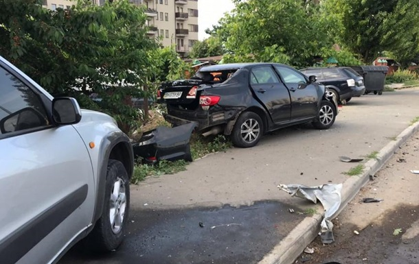 В Одессе водитель разбил семь автомобилей