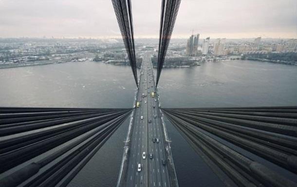 В Киеве на сутки ограничивают движение по Северному мосту