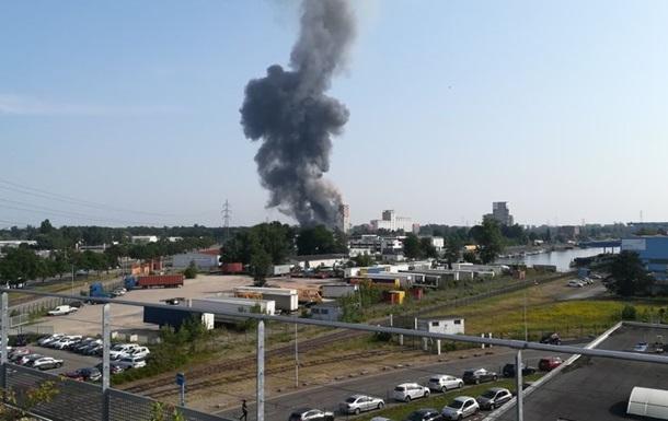В Страсбурге прогремел взрыв, после которого начался пожар