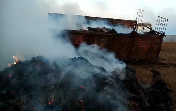 В Херсонской области крупный пожар на пшеничных полях