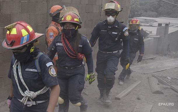 Извержение вулкана в Гватемале: погибли почти 100 человек