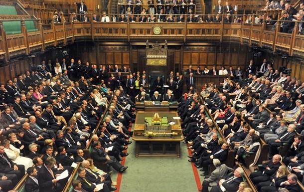 Британським лордам заборонили спати в парламенті