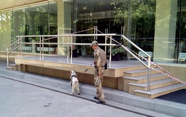 У Харкові третій день поспіль  мінують  п ять бізнес-центрів