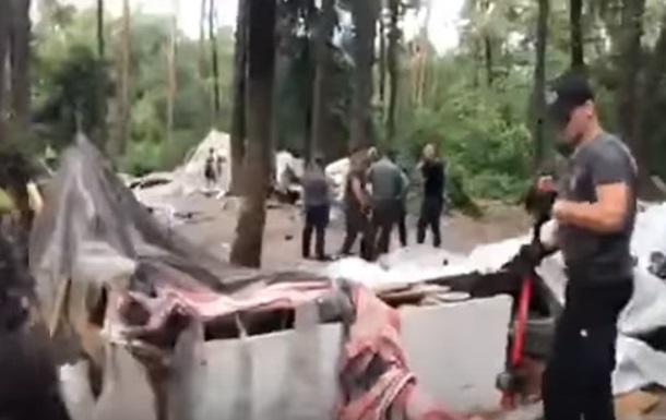 Омбудсмен просить розібратися з розгромом табору ромів у Києві