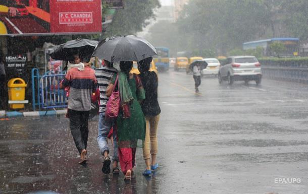 Жертвами шторма в Индии стали несколько десятков человек