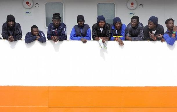 За добу у Середземному морі врятували понад тисячу біженців