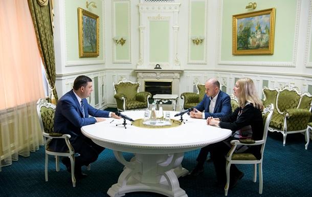 Гройсман зустрівся зі скандальним заступником Супрун