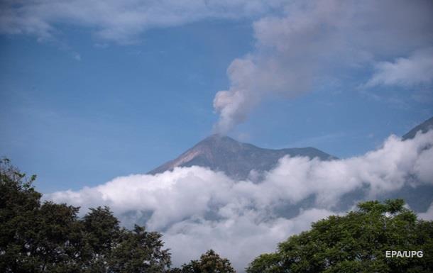 В Гватемале вновь активизировался вулкан Фуэго