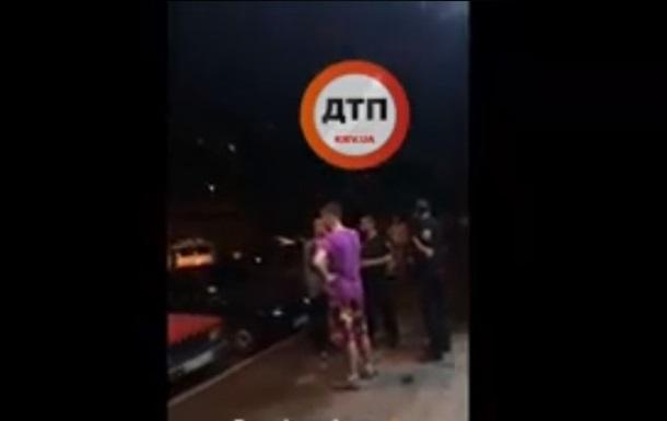 У Києві масова бійка закінчилася різаниною