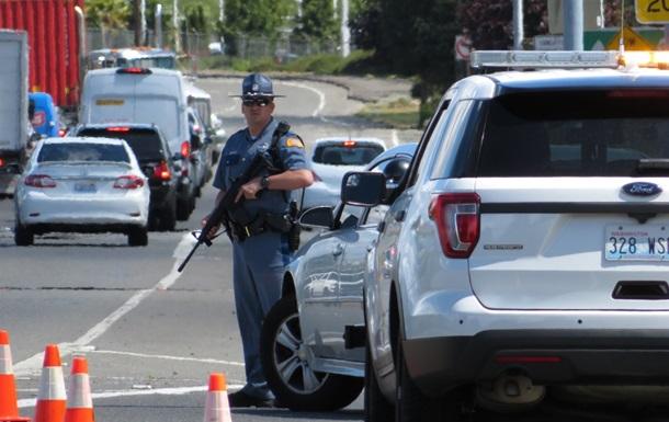 В Вашингтоне обстреляли автомобили на трассе