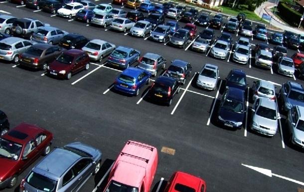 В КГГА показали, где можно без нарушений припарковать авто: фото