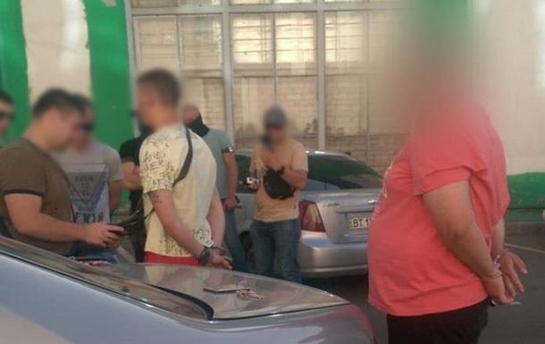 В Одесі затримали групу фальшивомонетників