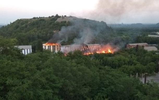 СМИ: В Донецке произошел пожар на территории шахты
