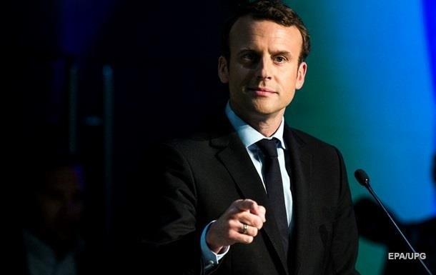 Макрон хочет сделать французский язык основным в ЕС