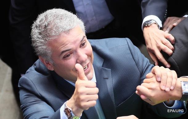 Выборы президента Колумбии: лидирует кандидат от  правых