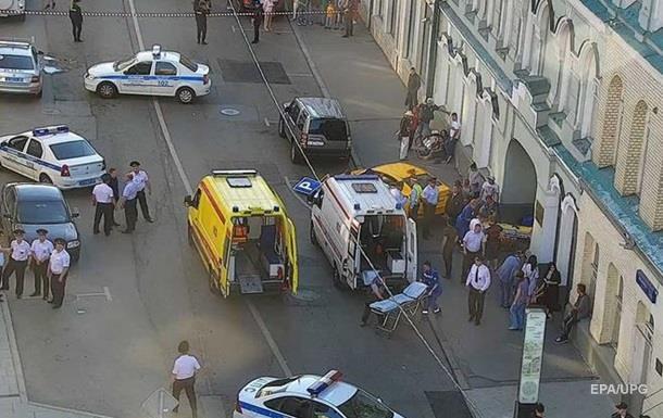 Наезд на пешеходов в Москве: таксист арестован на два месяца
