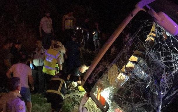 ВТурции разбился автобус стуристами, много пострадавших