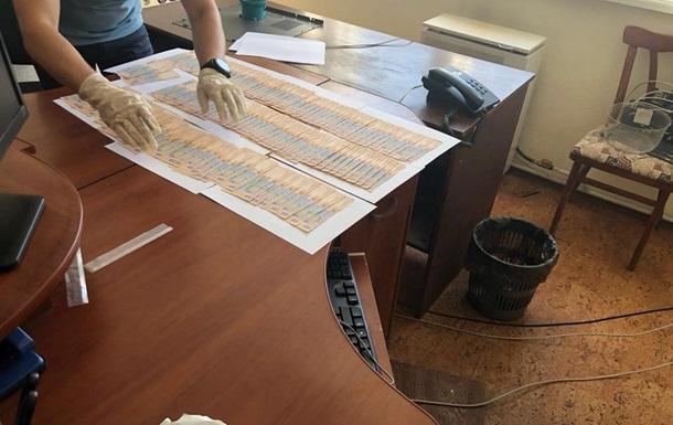 Замначальника ГФС Сумской области поймали на взятке