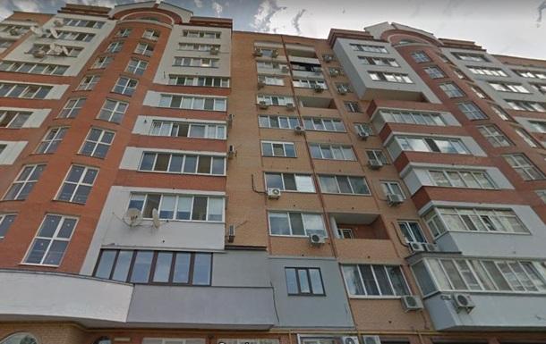 В центре Харькова мужчина выбросился из окна