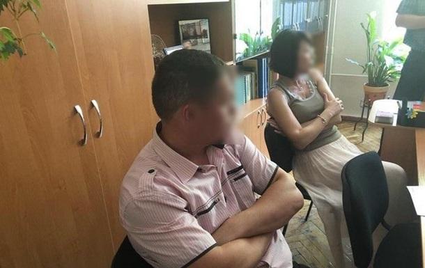 Преподавателей черкасского вуза задержали на взятке
