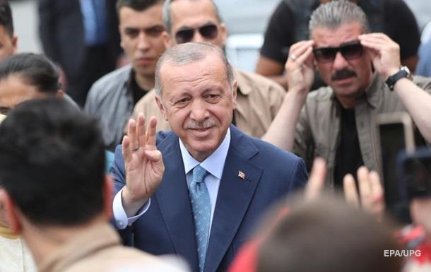 Ердоган лідирує на виборах президента у Туреччині