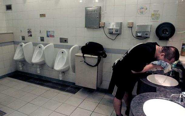 Названа головна небезпека громадських туалетів