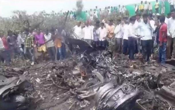 В Індії розбився винищувач
