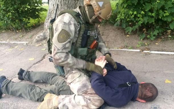 На Житомирщині затримано банду, що намагалася підірвати поліцейського