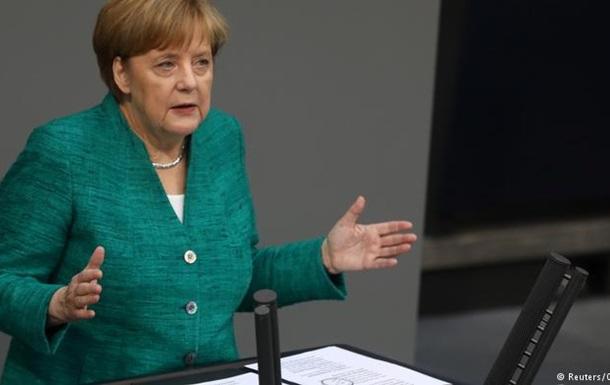 Меркель: Міграційний виклик може визначити долю ЄС
