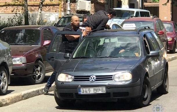 У Києві затримали викрадачів сина аташе Лівії