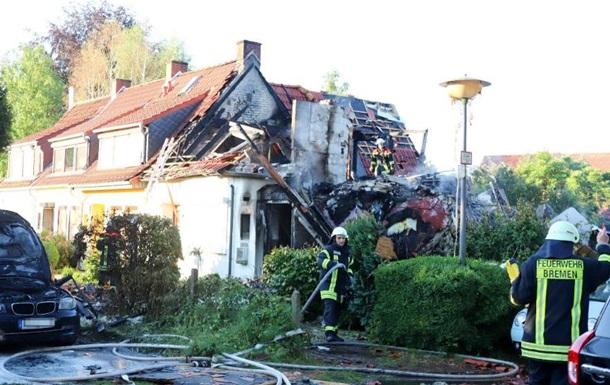 В германском  Бремене вжилом доме произошел взрыв , трое человек погибло
