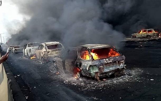 В Нигерии попала в ДТП цистерна с топливом: сгорели девять человек