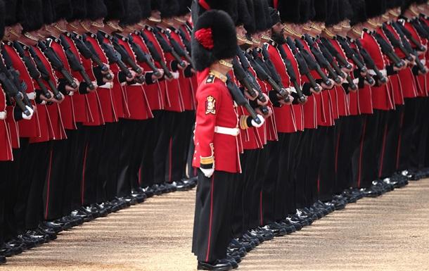 Великобританія проведе День Збройних сил у Солсбері