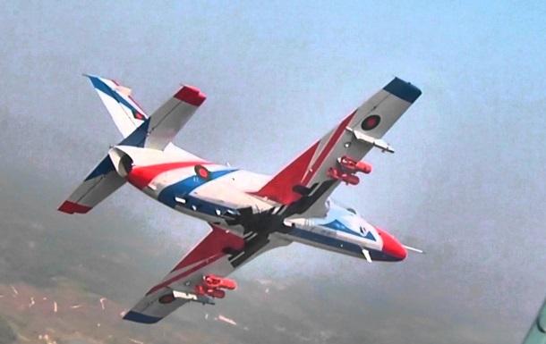 У Бангладеш зазнав аварії військовий літак