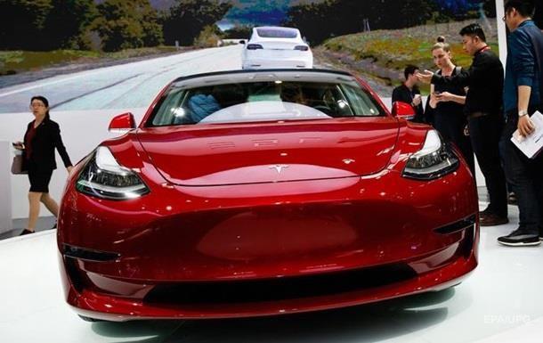 Tesla рекордно збільшила випуск електромобілів