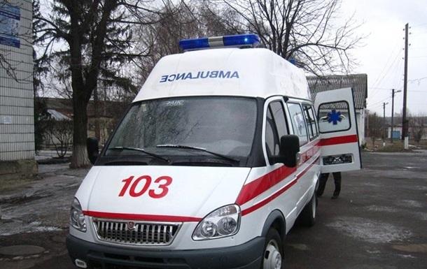 В Донецкой области пьяный полицейский ранил ножом двух братьев