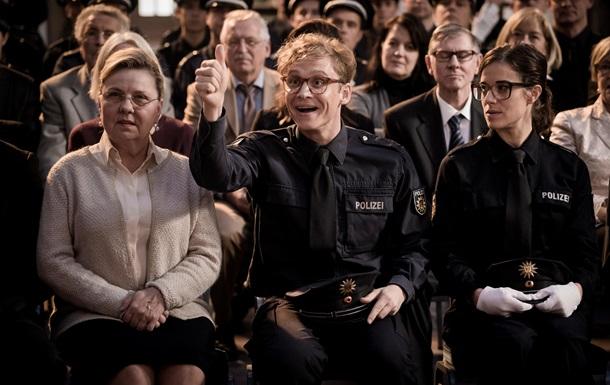 Комедия Горячие копы с Тилем Швайгером в главной роли с 5 го июля в кино