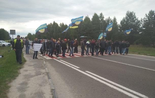Заблокувавши дорогу, шахтарі домоглися виплати зарплати