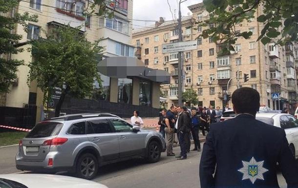 Стрілянина в Києві: потерпілий помер у лікарні