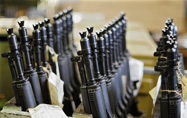ЗСУ втратили понад 15 тисяч одиниць зброї - Матіос