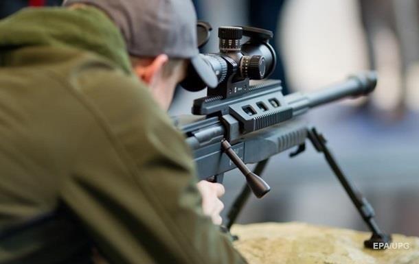 Выстрел снайпера ВСУ попал на видео