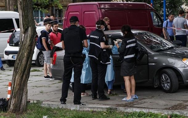 Київського поліцейського вбив п ять разів судимий