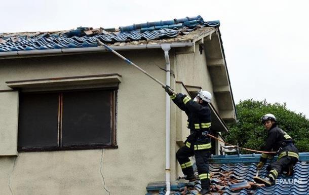 Из-за ливней в Японии погибли восемь человек