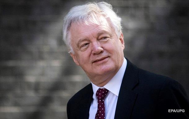 Британський міністр у Brexit подав у відставку