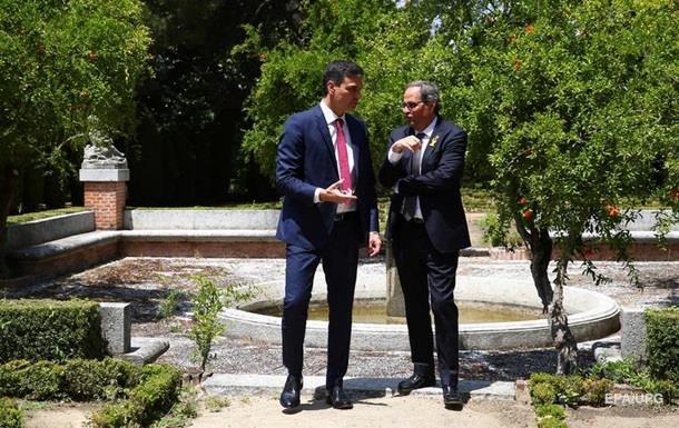 Премьер Испании впервые встретился с новым лидером Каталонии