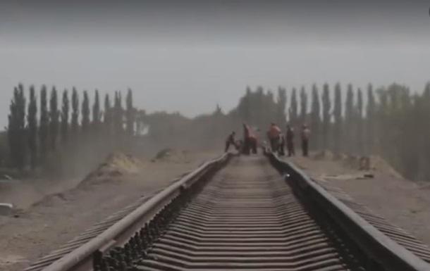 Укрзалізниця обіцяє пустити поїзд в аеропорт Бориспіль через 144 дні