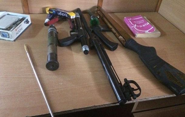 Українець віз до Криму зброю і боєприпаси