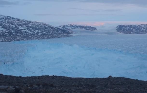 Разрушение ледника показали на ускоренном видео