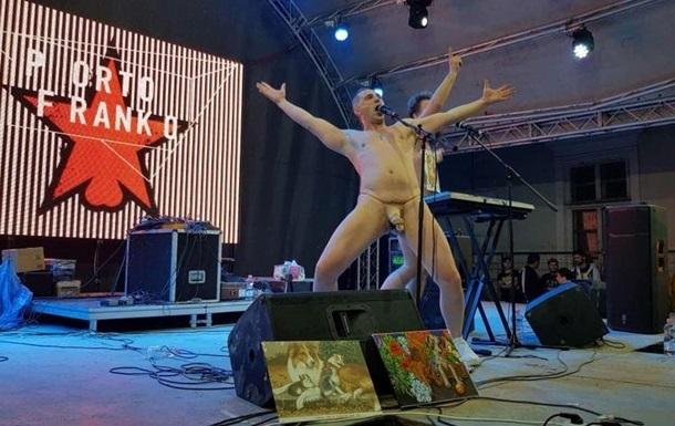Полиция возобновила дело против голых музыкантов в Ивано-Франковске