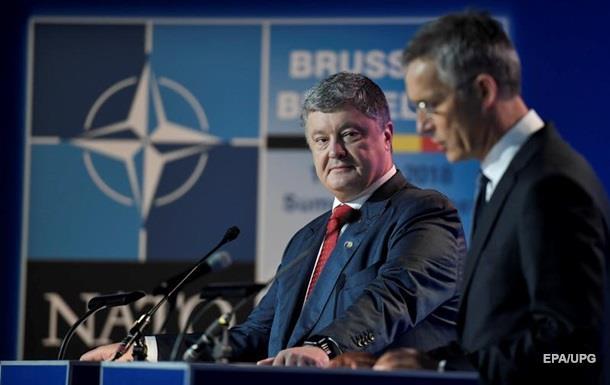 Порошенко заявив, що НАТО мотивує на реформи